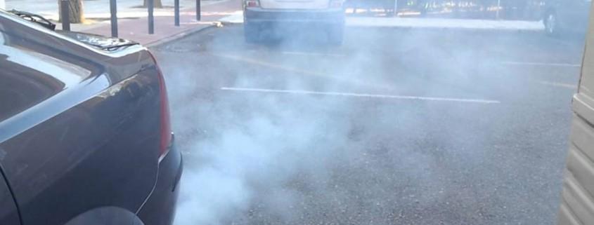 humos-escape-coche-grande
