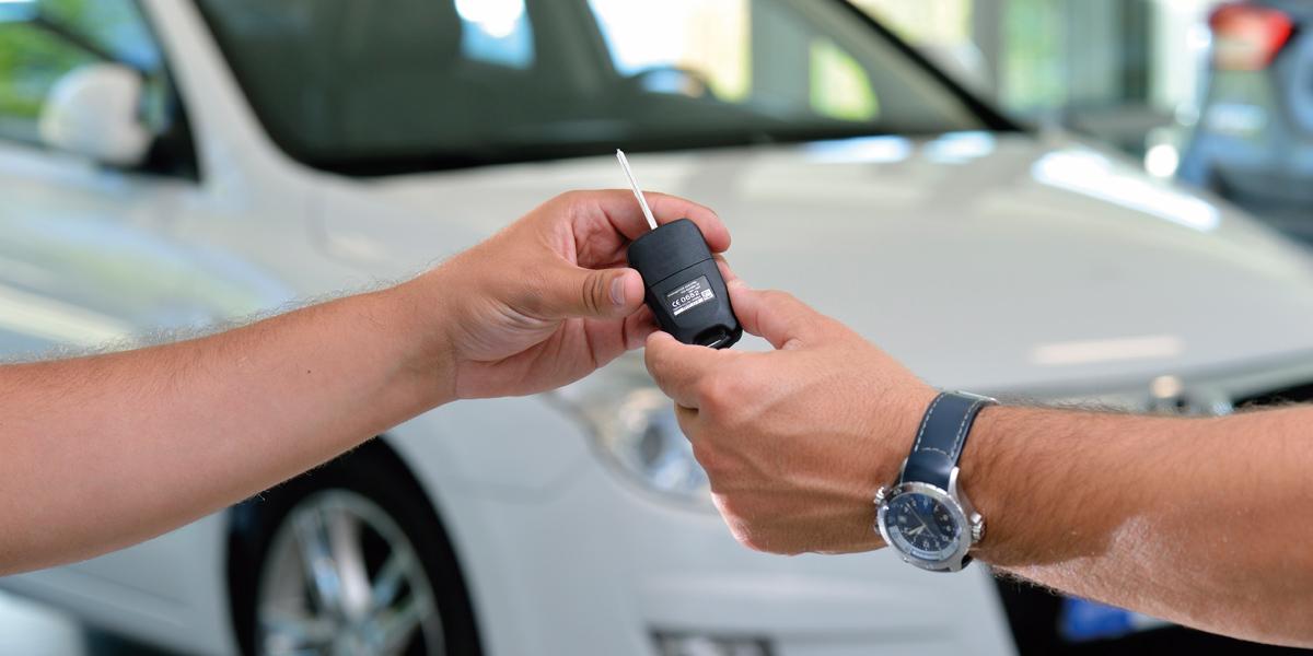Entrega-llave-coche pequeña defini